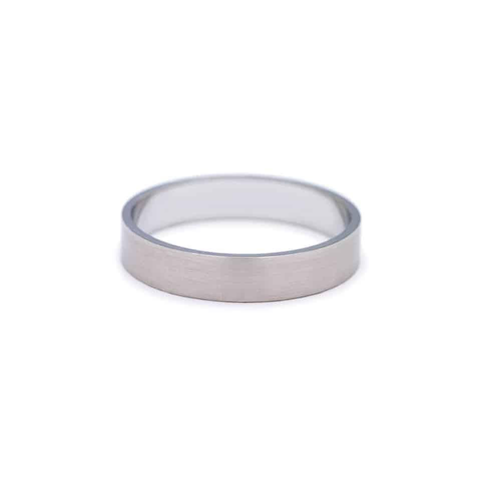 20103000014 - Wedding Ring - platinum