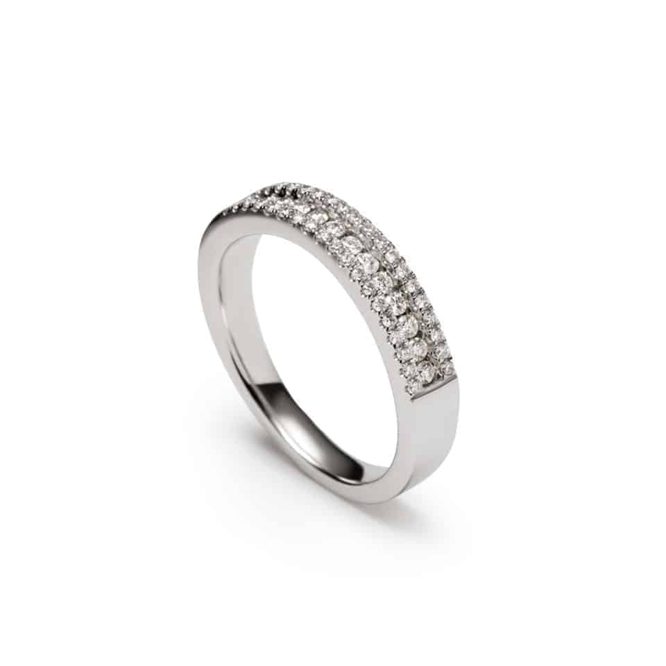 9682 - Wedding Ring