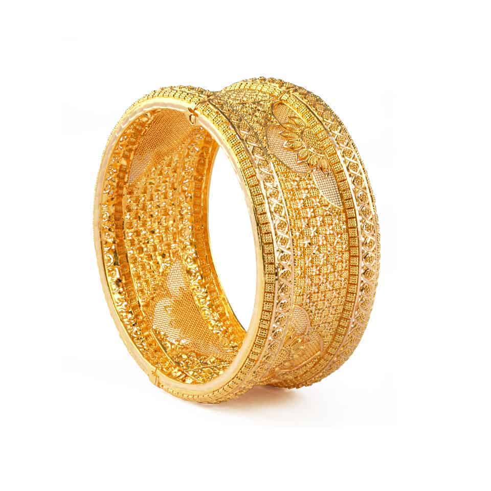 24746 - 22ct Gold Filigree Jali Kada Bangle