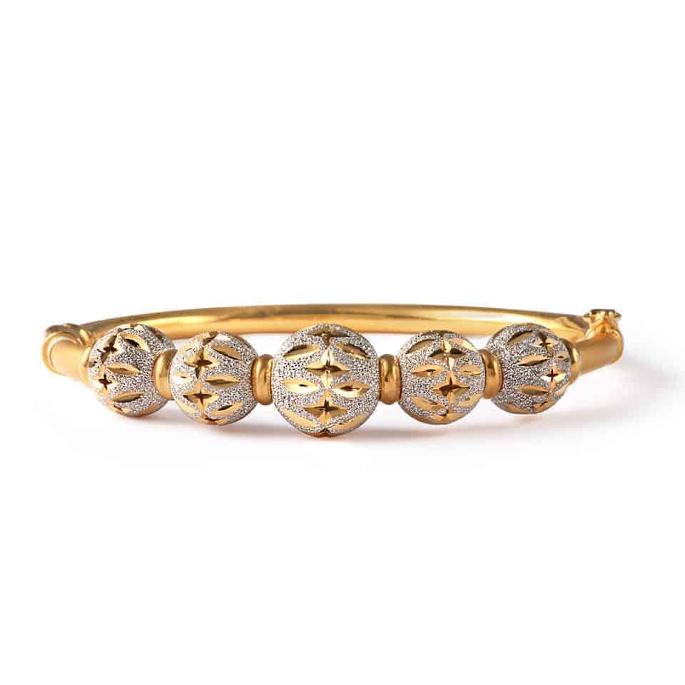 24441 - 22ct Gold Sparkle Bangle