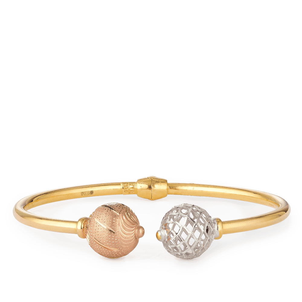 28122 - 22ct Gold Sparkle Bangle Bracelet