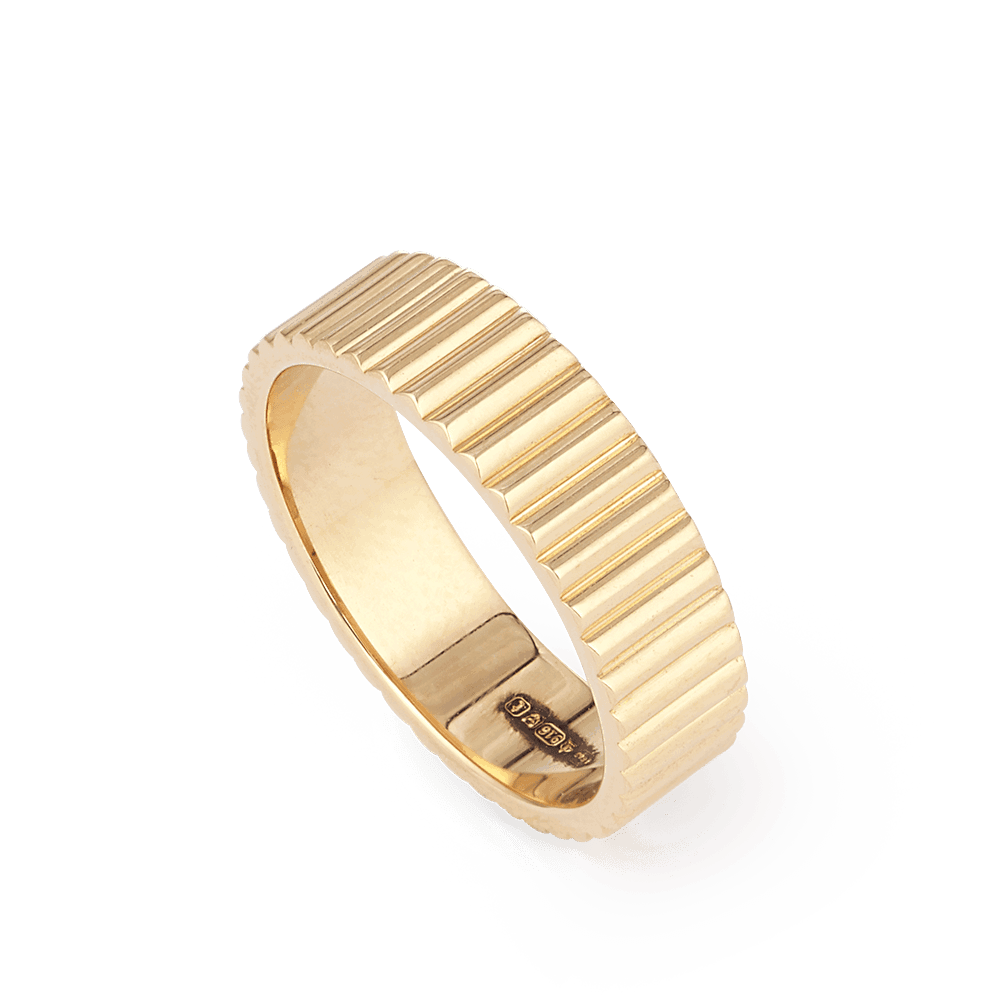 28176 - 22ct Gold Band Ring