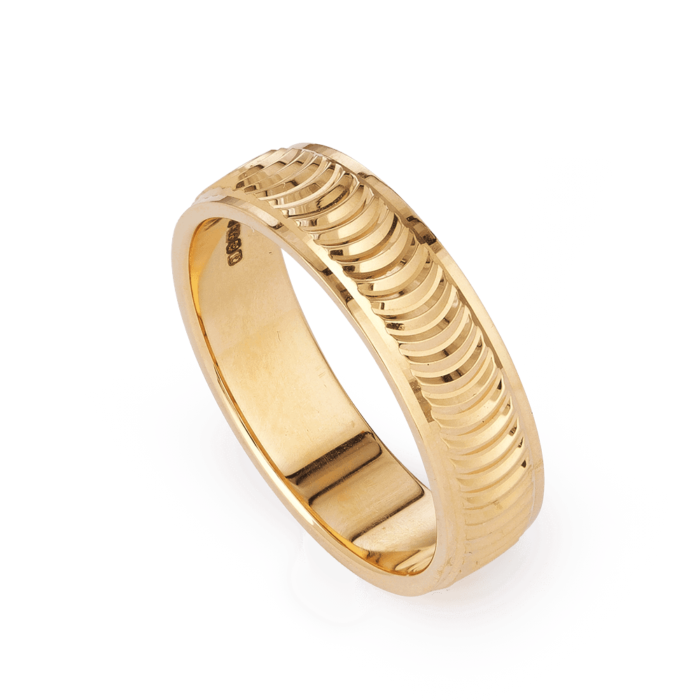 28230 - 22ct Gold Band Ring