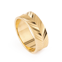 28241 - 22ct Gold Band Ring