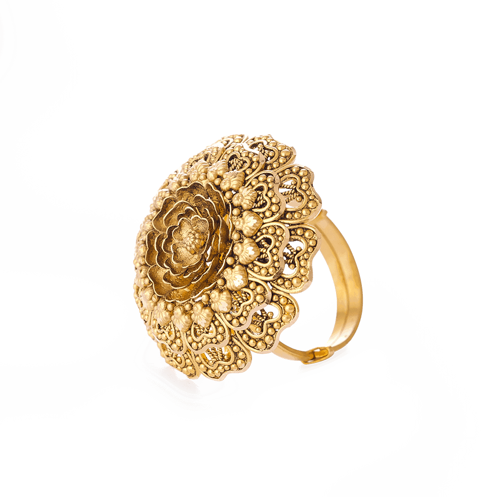 28713 - 22 Carat Gold Ring With Antique Finish
