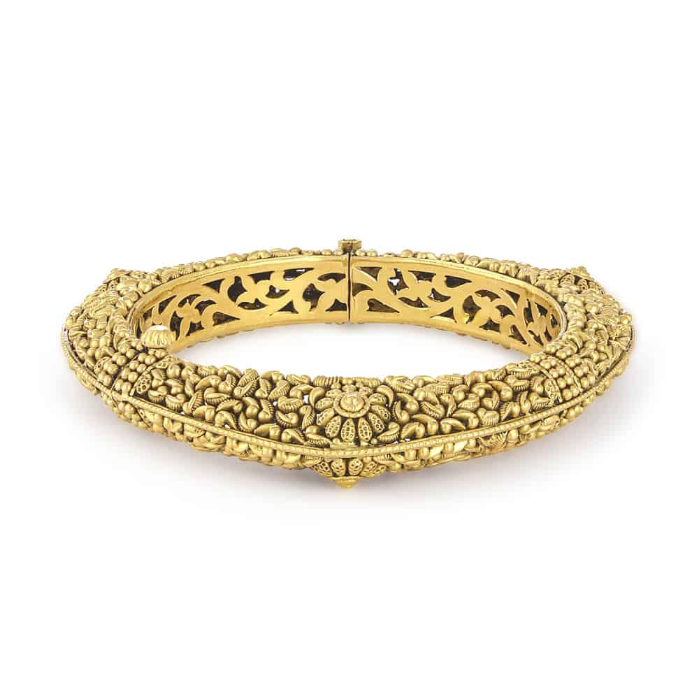 30915 - 22 Karat Gold Kada