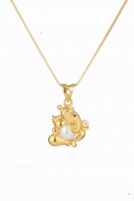 28760 - Ganesh Ji Gold Pendant with Pearl