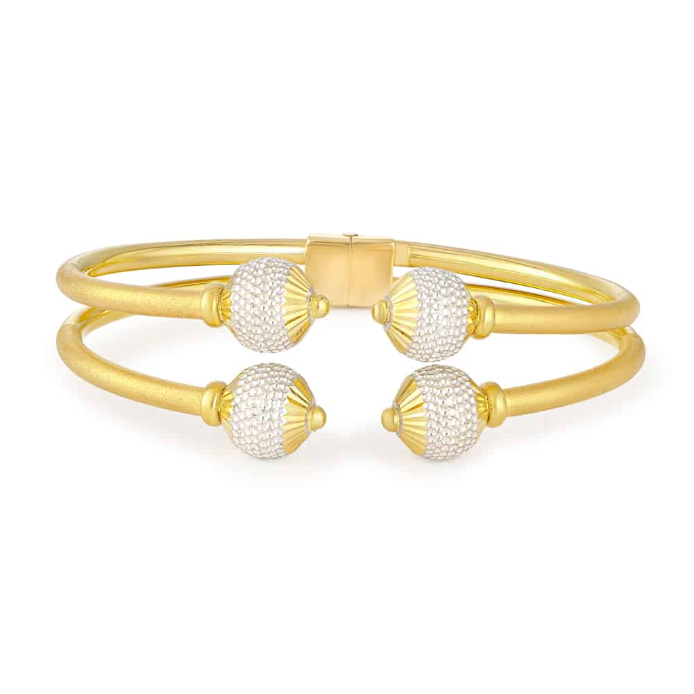 30840 - 22ct Gold Sparkle Modern Bangle