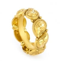 31176 - 22 Carat Gold Ring With Antique Finish