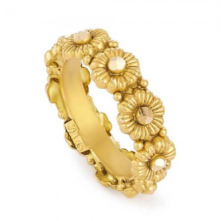 31177 - 22 Carat Gold Ring With Antique Finish