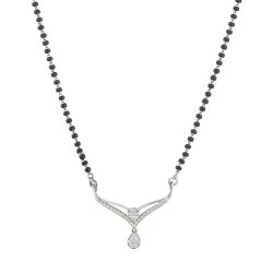 18ct White Gold Single Chain Diamond MangalsutraTotal wt. 7.91 gDiamonds wt. 0.44 caratLength , 20InchesSku 30934All prices include VATAll our Products are Hallmarked by London Assay OfficeComes With Presentation BoxDelivery IncludedContact us / Live Chat with us for Video of Product