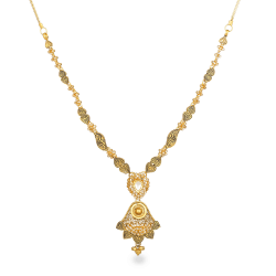 22ct Gold Bridal Necklace with Polki stonesWt : 23.6 gSKU. 27091Matching Earrings are Available for this NecklaceAll prices include VATAll our Products are Hallmarked by London Assay OfficeAll Sets Comes With Presentation BoxDelivery IncludedContact us / Chat with us for Video of Product