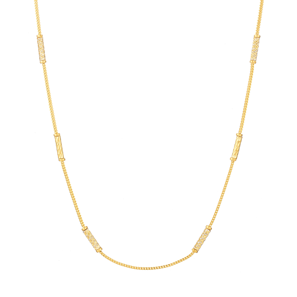 22ct Yellow Gold Choker chainWt 7.4 gLength : 18 InchesSKU. 31134All prices include VAT22ct GoldHallmarked by London Assay OfficeComes With Presentation BoxDelivery IncludedLive chat with us for availability and more images of similar designs currently in stock