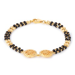 22ct Gold Baby bracelet.With black beads.Suitable for kids, Children, Child, Infant, New Born.22ct Hallmarked Kids gold jewellery.Approximate Length : 5.5 Inches or 14cm.Wt : 6.1gsku 30513All prices include VAT22ct Gold Hallmarked by London Assay OfficeComes With Presentation BoxDelivery IncludedLive chat with us for availability and more images of similar black beads bracelet for babies.