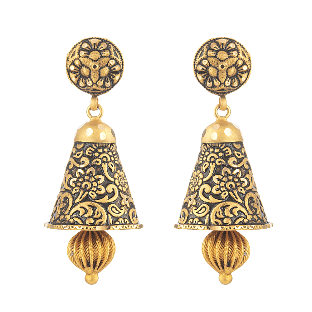 22 Carat Gold Earring With Antique FinishWt. 9.7gSKU. 31171All prices include VAT22ct GoldHallmarked by London Assay OfficeComes With Presentation BoxDelivery IncludedLive chat with us for availability and more images of similar designs currently in stock