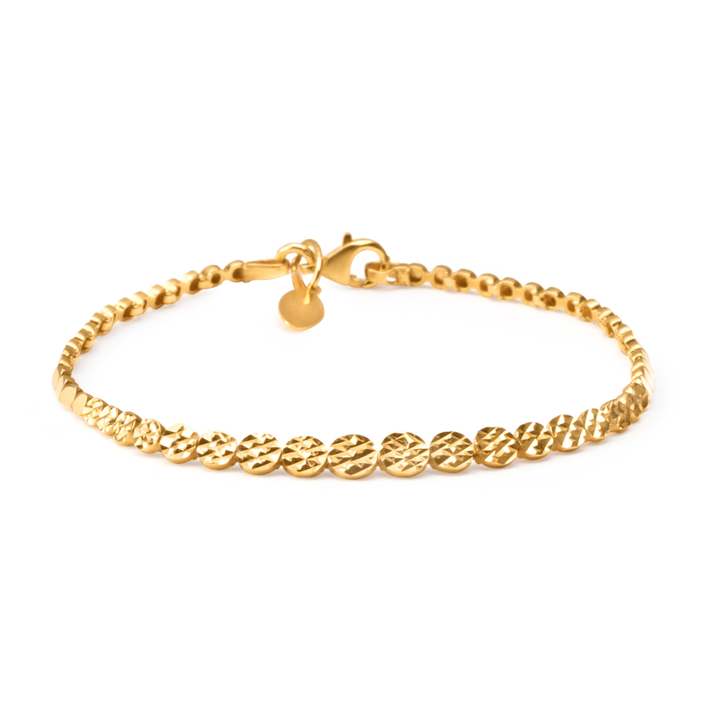 Indian Gold Bracelet For WomenWt : 6.9 gSKu no 30770Length 7 InchesAll prices include VAT22ct Gold Hallmarked by London Assay OfficeComes With Presentation BoxDelivery IncludedLive chat with us for availability and more images of similar designs currently in stock of Indian gold bracelets for women