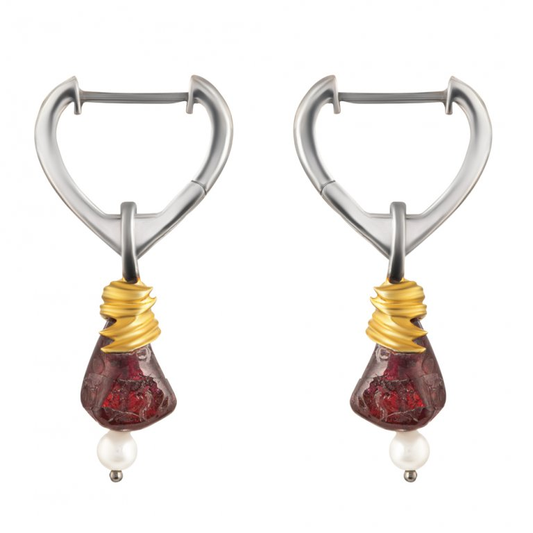 Baroque Artemisia Sterling Silver Drop Garnet Earring