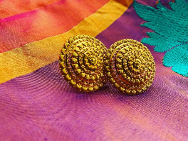 """""""Dress up everyday. Be ready to celebrate your day."""" Purvi Raniga. .... 22ct Filigree Earrings from Isfahaan Collection.  ....  #earrings #jewelry #handmade #fashion #jewellery #necklace #accessories #handmadejewelry #earringsoftheday #silver #style #gold #22ctgold #rings #love #bracelets #ring #jewelrydesigner #jewelryaddict #bangles #necklaces #onlineshopping #jewels #indianjewellery #handmadeearrings #earringstyle #earringsofinstagram #jhumkas #earring #purviraniga"""